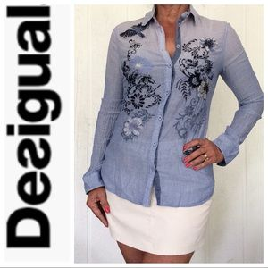 DESIGUAL BLUE CHAMBRAY EMBROIDERED BUTTON DOWN M